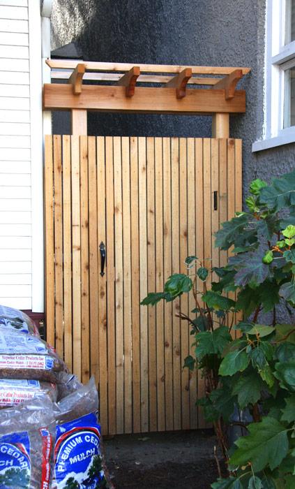 Cedar Gates With Pergola