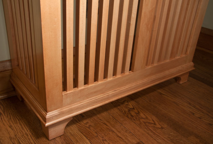 Maple Craftsman Style Radiator Cover